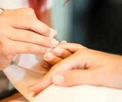 Estetisti, massaggiatori, centri abbronzatura, centri benessere, saune, onicotecnica
